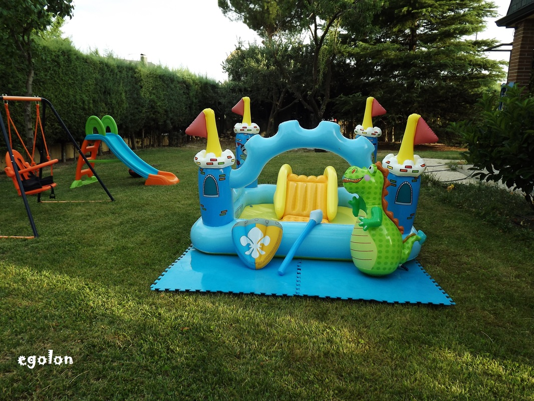 Fantasy castle play center by intex egolon 39 s ville for Tobogan piscina carrefour
